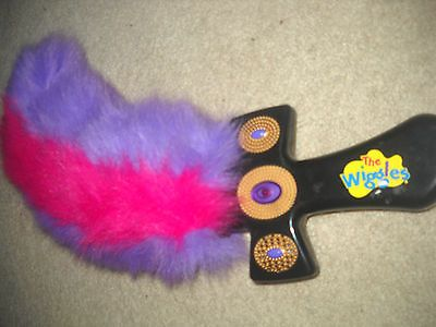 THE WIGGLES CAPTAIN FEATHER SWORD TALKING LAUGHING ELECTRONIC TOY - For Little M