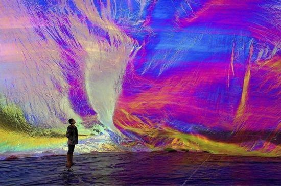 Daniel Lukas / iridescence