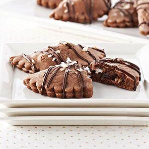 Yum! - yes please! // Chocolate Coconut Empanada...my husband is always making sweet potato empanadas, these would make a yummy change up!!
