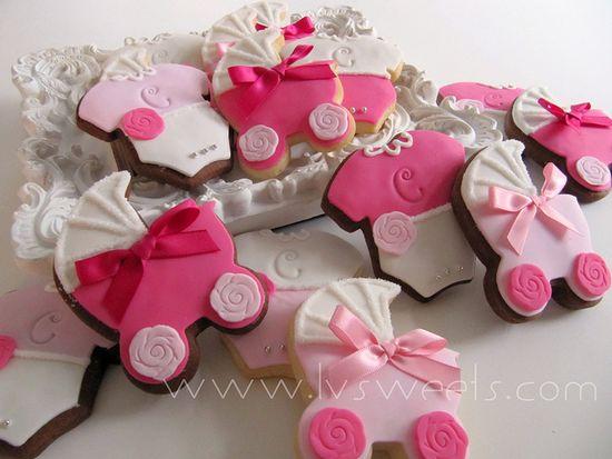 Cute baby shower cookies.