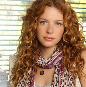 Rachelle Lefevre. Curls.