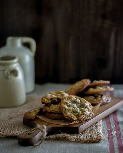 Chocolate Chip Cookies by @Diane Cu (White On Rice Couple)