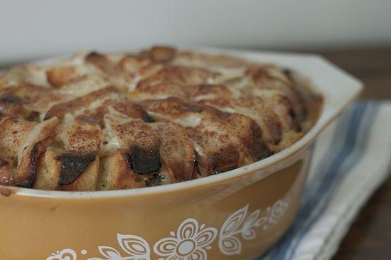 bourbon apple bread pudding
