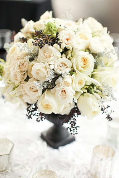 Stunning Centerpiece! Black & White Styled NY Photo Shoot / Floral Design @Quatre Coeure