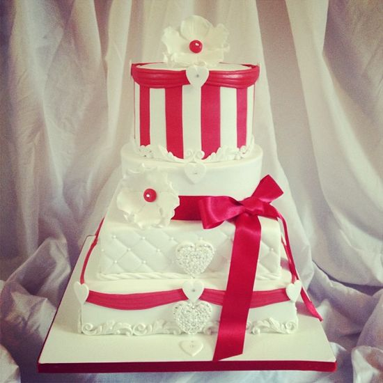 Pretty Wedding Cake