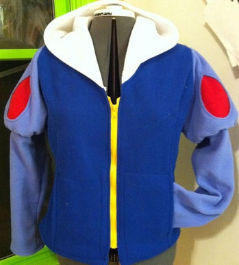 Snow White Hoodie-- Raileigh needs one of these!