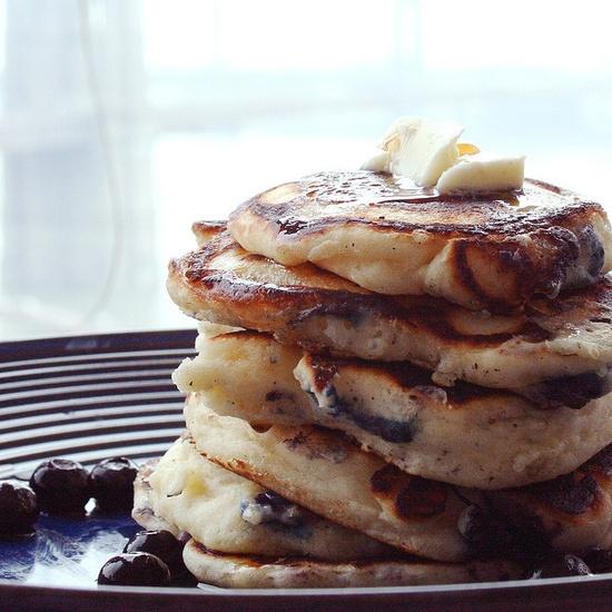 blueberry pancakes make me smile!