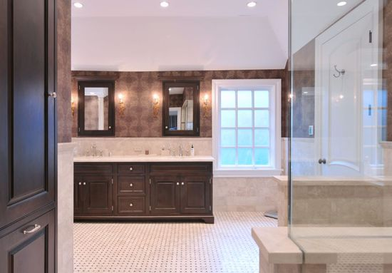 Transitional bathroom design