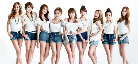 SNSD, girls generation (Korean star, k-pop star) denim shorts, Korean star fashion #fashion #fashioninkorea #denimshorts #kpopstar