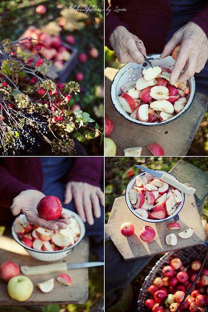 Apple Time by loretoidas,