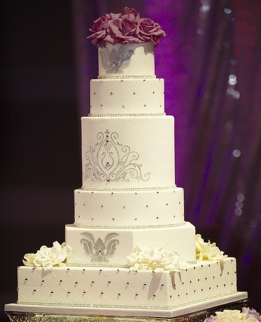 Bring A Touch Of Glamour To Your Day With These Fabulous Wedding Cakes by modwedding, via Flickr