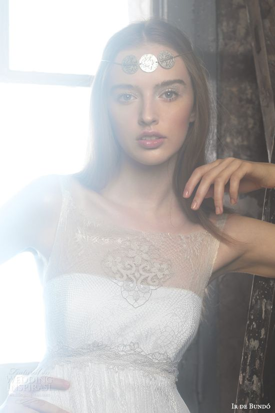 ir de bundo 2014 isadora wedding dress illusion neckline closeup