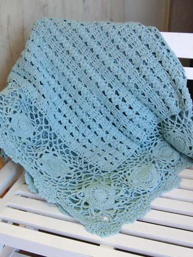 Greengate crochet blanket