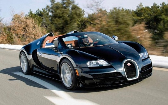 Bugatti Veyron. Fastest road car