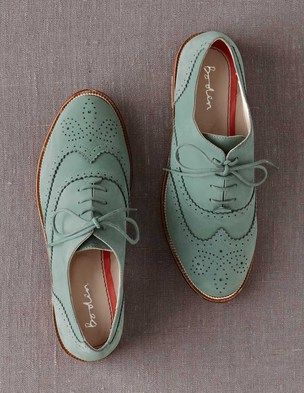 mint wing tip oxfords