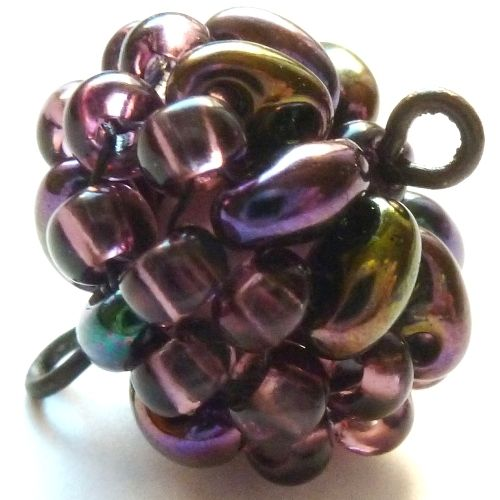 beaded bead w/twins.  Photo tute. #seed #bead #tutorial