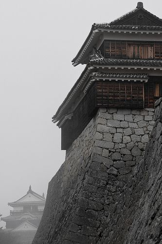 Matsuyama Castle - the Japanese build the world's most beautiful castles. ^_^