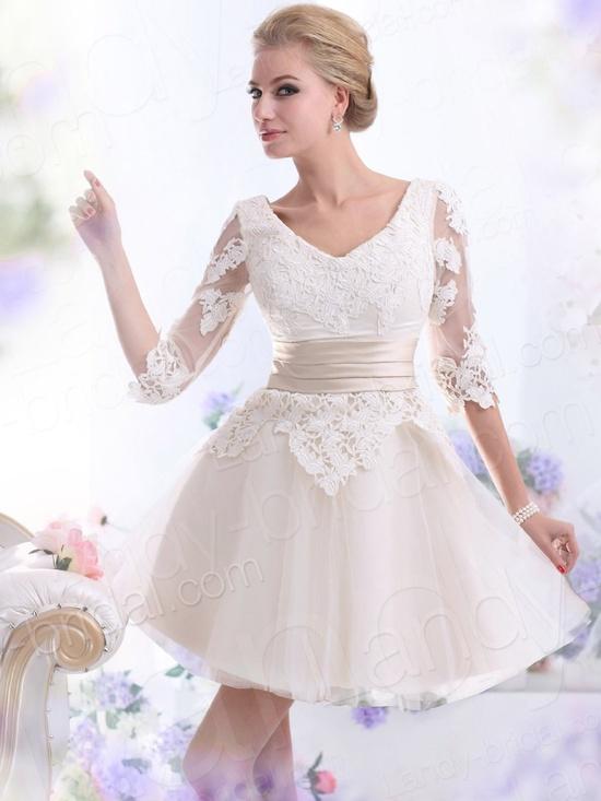 Amazon.com: Landybridal 2013 New Style A Line V Neck Mini Tulle Champagne Wedding Dress B14538: Clothing