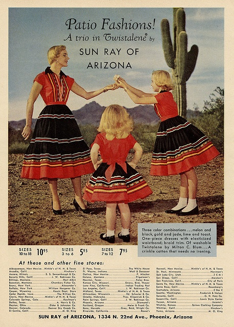 Wonderful mother-daughter matching patio fashions. #vintage #1950s #Mexican #Southwestern #fashion #dress
