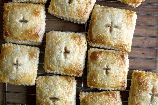 rhubarb cream cheese button pies