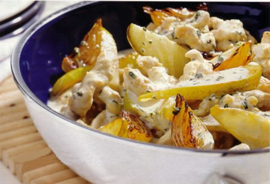 German Turkey Recipes: Turkey Pear Stir Fry_    German Turkey Recipes: Turkey Pear Stir Fry    German turkey recipes are also very popular in Germany. This German Turkey recipe is a stir fry that means you cook everything in one skillet and fry it for a short time only.
