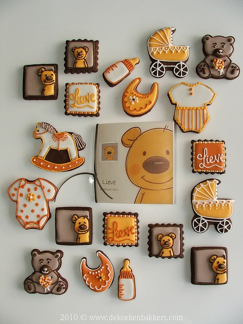 Wonderfully fun, chic, beautiful selection of decorated cookies for a baby shower. #cookies #decorated #food #baking #dessert #cute #bear #baby #shower