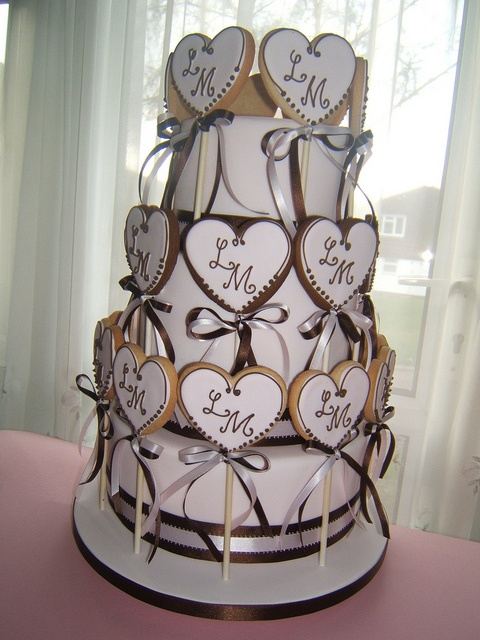 Cookie Tag cake by Osedo L Cakes, via Flickr
