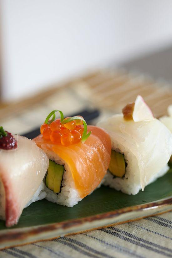 Japanese Food Sushi (Top n' Roll)