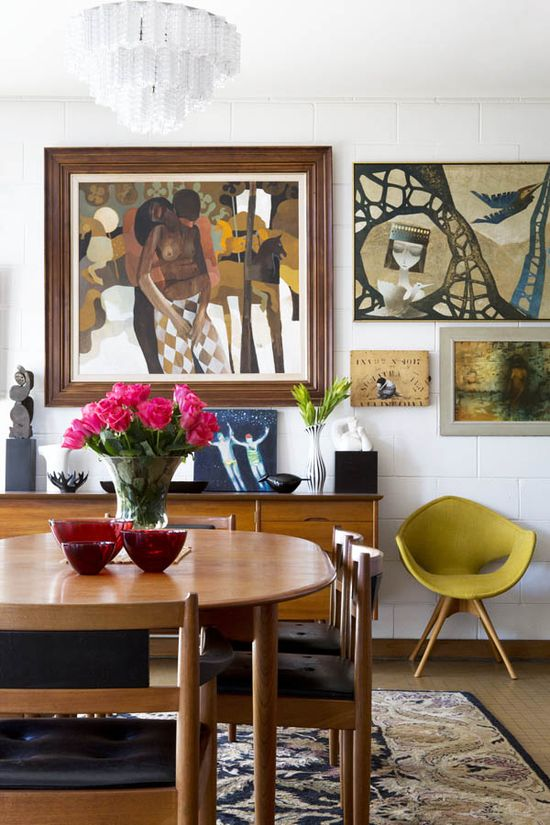 A wonderful Australian home filled with art and vintage treasures.