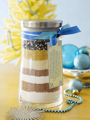 Homemade Food Gifts for the Holidays~Homemade Holiday Cookie Mix    Makes: 1 mix in a jar; about 3 dozen cookies  Prep: 15 minutes