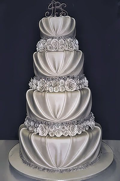 Minus the flowers! Never seen fondant treated to look like fabric before. So unique!