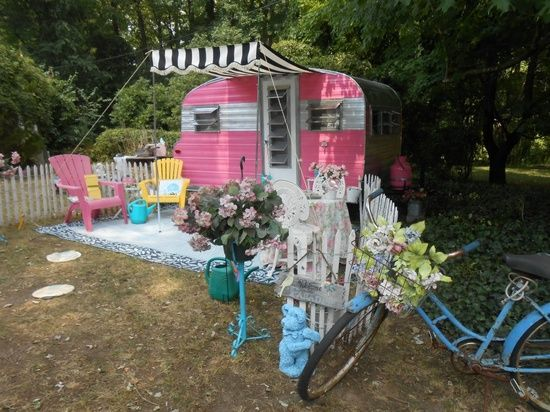 Vintage Travel Trailers / lovely