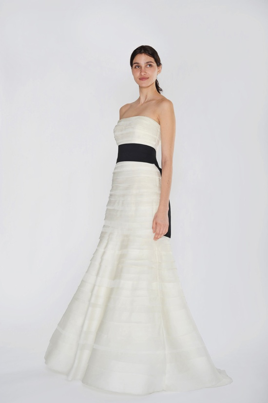 Vera Wang tiered mermaid gown