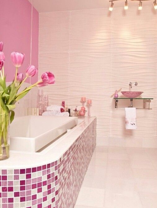 #PinkAndWhite #GlassTile #Bathroom #TeamClassy