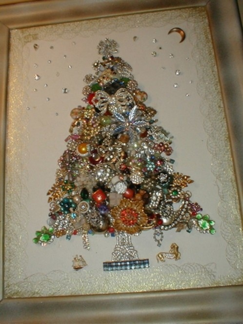vintage Christmas jewelry assemblage tree