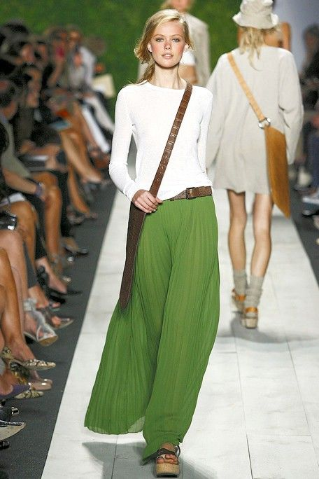 Love these long skirts.