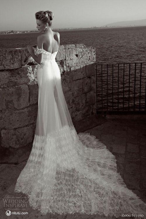 Zoog Studio 2013 Wedding dress