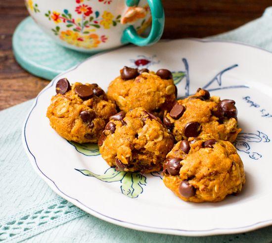 Pumpkin Cookies. Chocolate. Oats. #Vegan #pumpkin #cookie #recipe