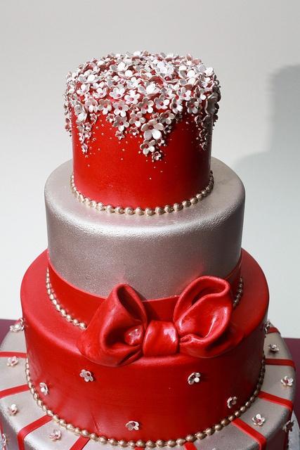 Royal Red Wedding Cake