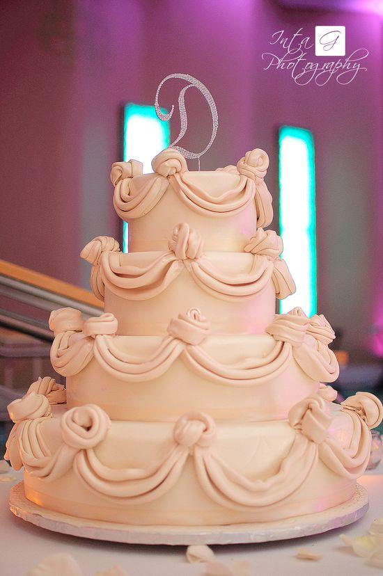 wedding cake Fountain blue Miami
