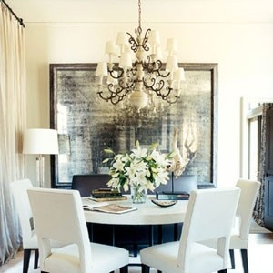 lovely dining room, special mirror