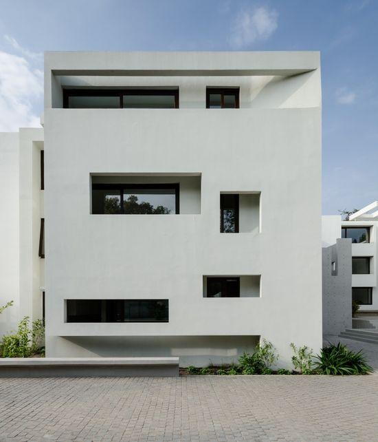 Fray León Building / Jorge Figueroa + Asociados
