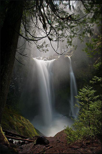 Falls Creek Falls - Light and Magic