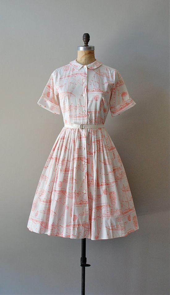 vintage 1950s Sailboat print shirtdress