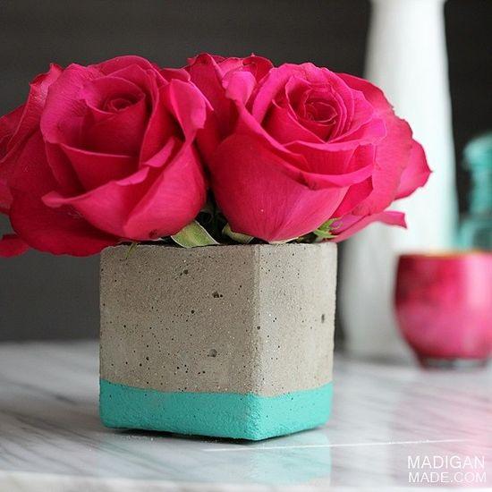DIY: concrete floral vase