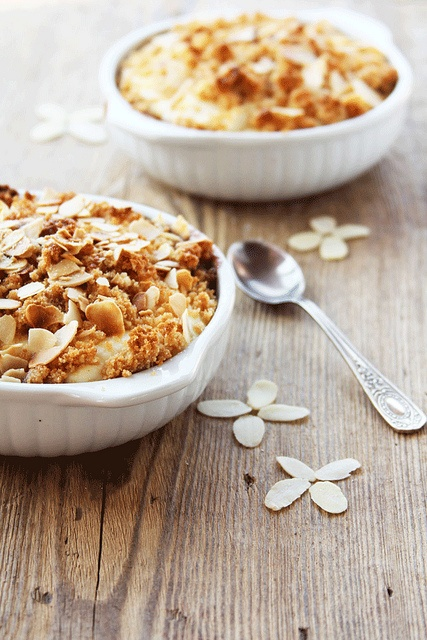 Warm, autumnal, deeply yummy Almond Apple Crisp. #cooking #food #beautiful #baking #dessert #apples #autumn #almonds #pie #fall