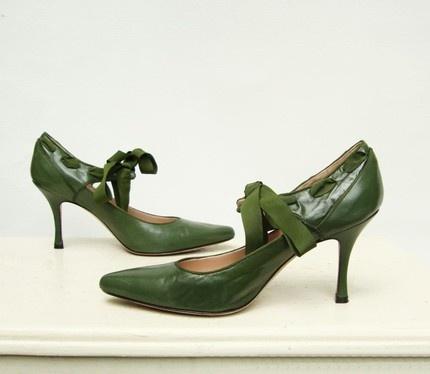 Cavallini Jade Green Vintage Pumps: Size 6.5.