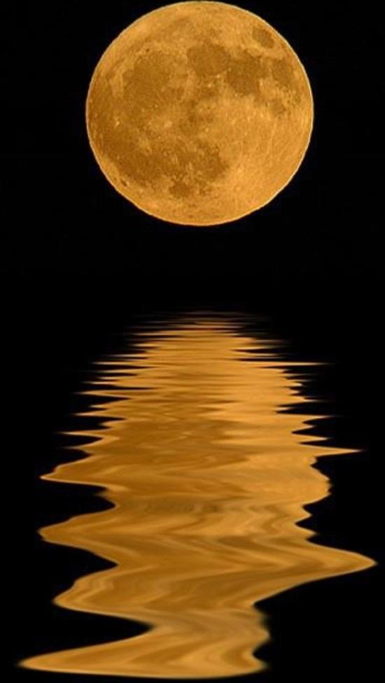 Moon Lighting....