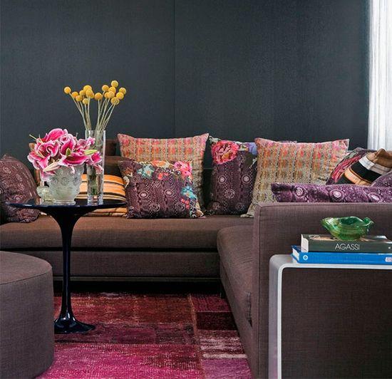 Shades of pink and purple. #decor #color #interior #design #casadevalentina
