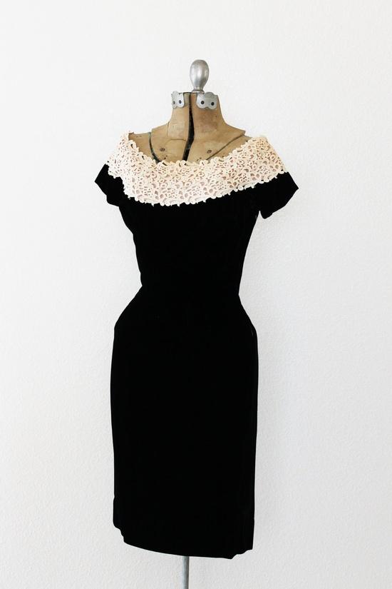 Vintage 1950's Black Velvet Floral Lace Dress